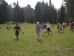 giochi sui prati vacanze ragazzi